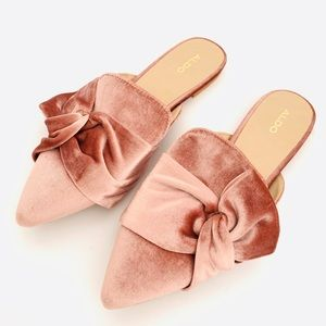NWT Aldo Blush Pink Velvet Unalillan Bow Flats